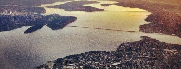 Lake Washington is one of Lieux qui ont plu à Celeste.