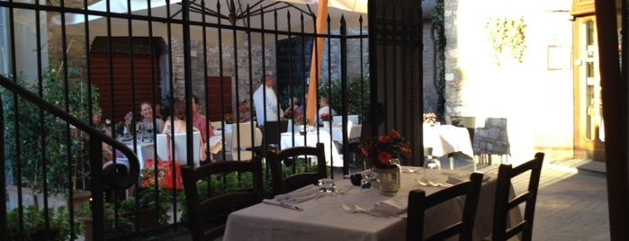 La Taverna is one of Perugia - Umbria's Top.