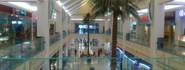 Micronesia Mall is one of Shigeyuki 님이 좋아한 장소.
