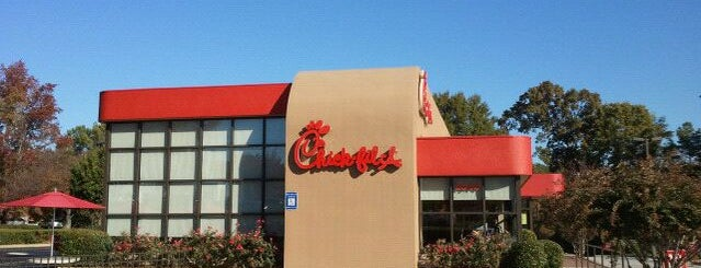 Chick-fil-A is one of Locais curtidos por ATL_Hunter.