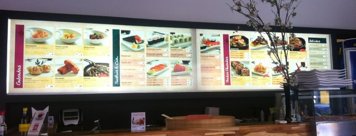 Hanami Sushi Store is one of nihonryori.