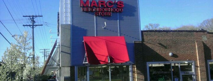 Marc's Stores is one of John 님이 좋아한 장소.