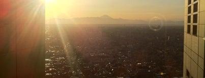 パークハイアット東京 is one of NewNowNext Travel.