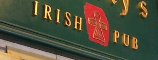 o'reilly's Irish Pub is one of Orte, die Dominic gefallen.