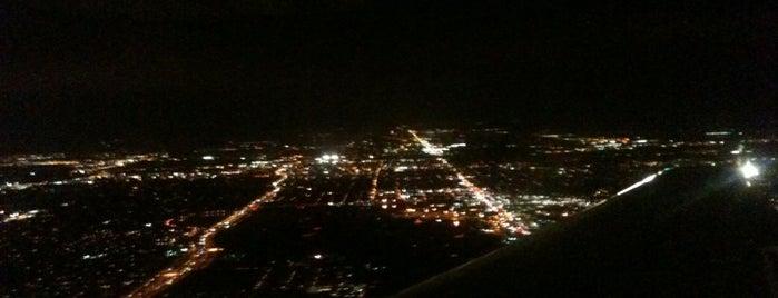 Международный аэропорт Орландо (MCO) is one of Airports I've flown thru.