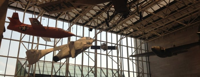 National Air and Space Museum is one of Washington, D.C..
