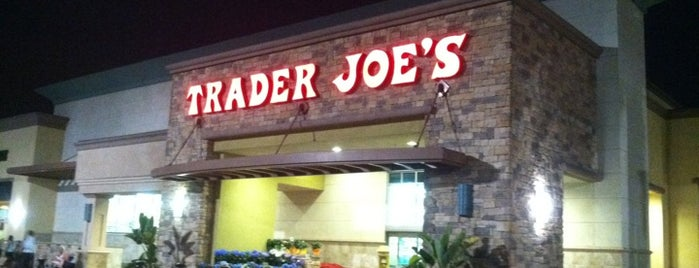 Trader Joe's is one of Lieux qui ont plu à Jerry.