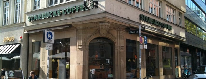 Starbucks is one of Orte, die Alina gefallen.