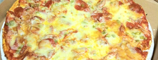 Leo's Pizza is one of Sherry 님이 좋아한 장소.
