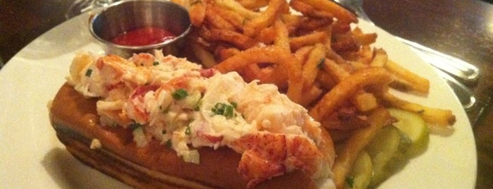 Oyster House is one of America's Top 25 Best Lobster Rolls.