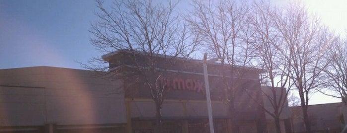 T.J. Maxx is one of Orte, die Hiroshi ♛ gefallen.