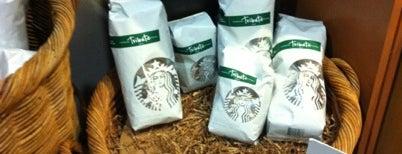 Starbucks is one of Nadine : понравившиеся места.