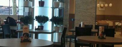Lunch Garden is one of Posti che sono piaciuti a Fofay Rıza.