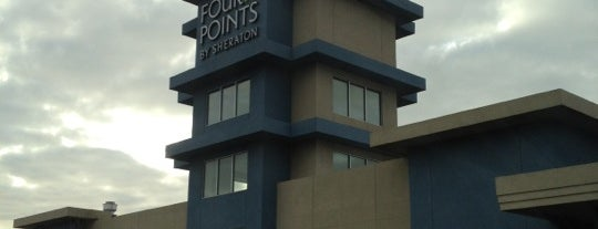Four Points by Sheraton Plainview Long Island is one of Lieux qui ont plu à Tim.