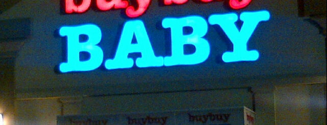 Buybuy Baby is one of Orte, die Aqeel gefallen.