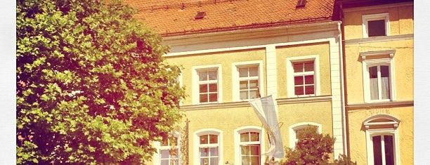 Hofbräuhaus Traunstein - Bräustüberl is one of Orte, die Fredrik gefallen.