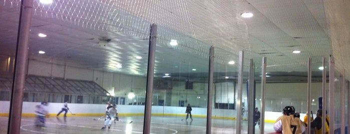 Oriole Community Centre is one of Toronto Parks & Recreation.