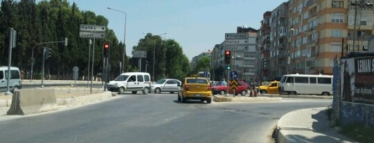 Fahrettin Altay Meydanı is one of İzmir :).