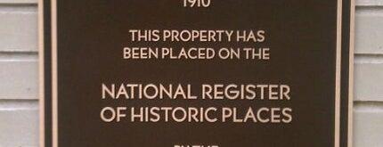 Historic Park Inn is one of Frank Lloyd Wright.