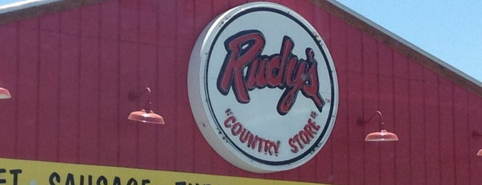 Rudy's BBQ is one of Jhalyvさんのお気に入りスポット.