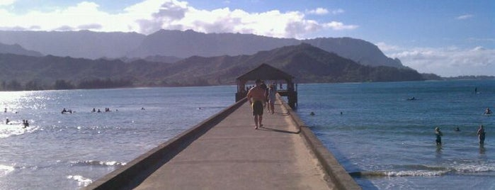Hanalei Bay Pier is one of Posti che sono piaciuti a Sal.