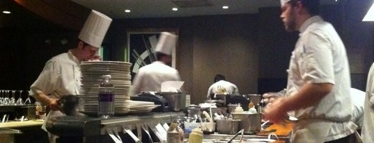 Linwoods is one of Baltimore Sun's 100 Best Restaurants (2012).