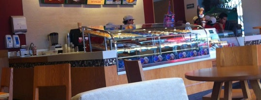 Krispy Kreme is one of Catador 님이 좋아한 장소.
