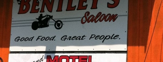 Bentley's Saloon is one of Derekさんの保存済みスポット.