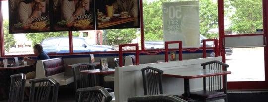 Burger King is one of Locais curtidos por Orlando.