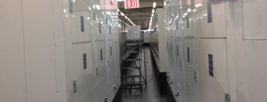 Manhattan Mini Storage is one of Gespeicherte Orte von Seinfeld.