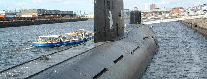 U-434 U-Boot Museum is one of StorefrontSticker #4sqCities: Hamburg.