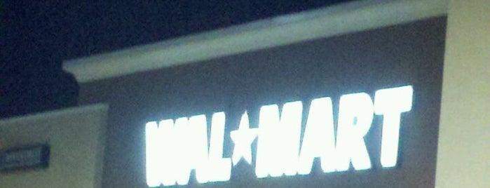Walmart Supercenter is one of Chicago.