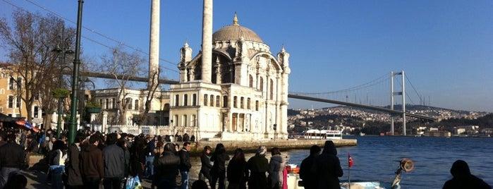 Ortaköy Meydanı is one of İstanbul Yemek Turu :).