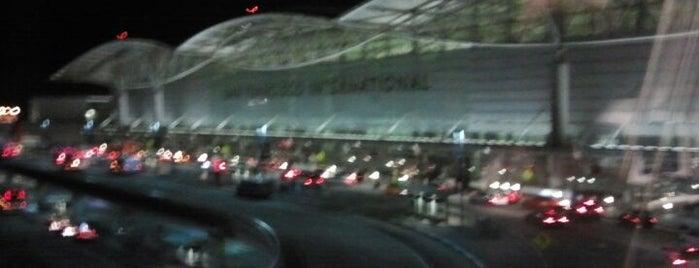 Flughafen San Francisco International (SFO) is one of สนามบินนานาชาติ (1).