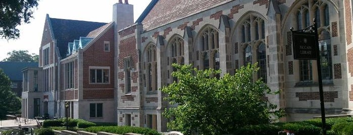 Agnes Scott College is one of Carlさんの保存済みスポット.