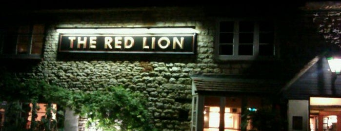 The Red Lion is one of Tempat yang Disukai Carl.