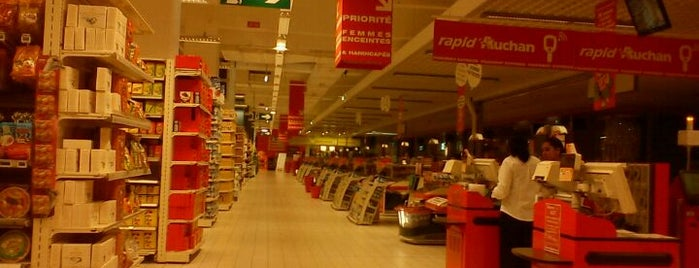 Auchan is one of Locais curtidos por Samet.