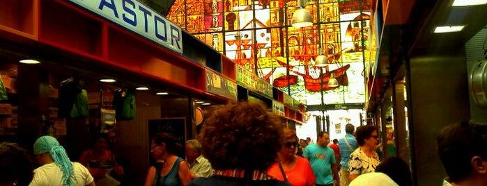 Mercado de Atarazanas is one of Tempat yang Disukai Aurelio.