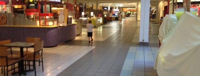 Westland Shopping Center is one of Lugares favoritos de Andrew.