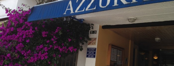 Azzurro is one of Locais curtidos por Yesid.