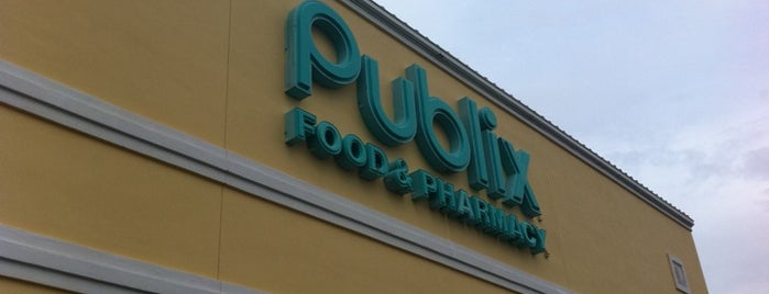 Publix is one of Locais curtidos por Kevin.