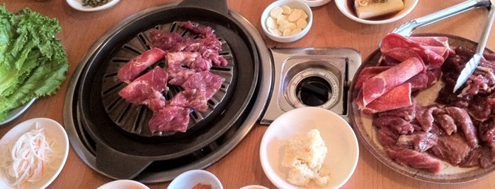 Shin Jung is one of Orlando Foodie Lists:.