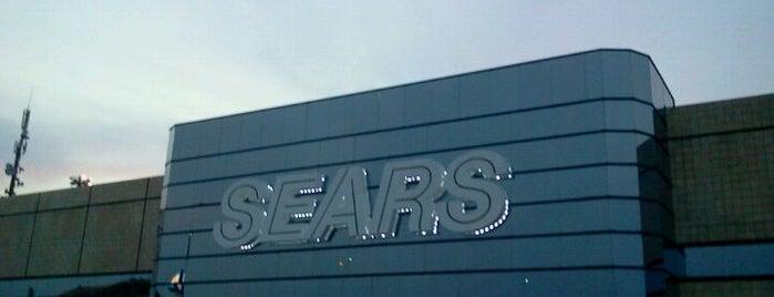 Sears is one of สถานที่ที่ Caro ถูกใจ.