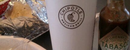 Chipotle Mexican Grill is one of Anthonyさんのお気に入りスポット.