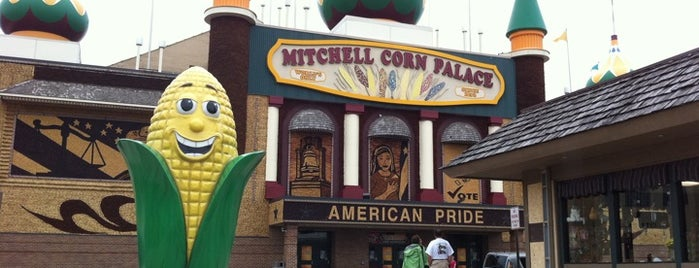 The Corn Palace is one of Best Places to Check out in United States Pt 4.