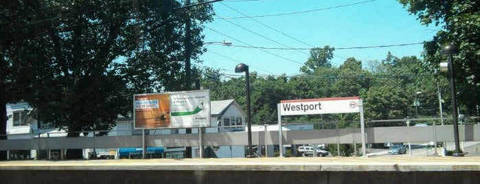 Metro North - Westport Train Station is one of New Haven Line & Northeast Corridor (Metro-North).