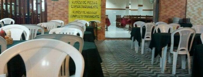 Esfiha & Cia is one of Restaurantes em Fortaleza.