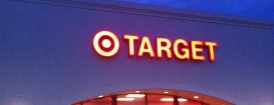 Target is one of Locais curtidos por Charlotte.