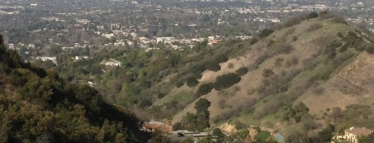 Mulholland Scenic Overlook is one of Los Angeles.
