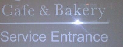 Specialty's Café & Bakery is one of Orte, die Chris gefallen.